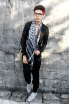 black glasses - black Oxygen cardigan - gray Zara top - gray scarf - black Topma