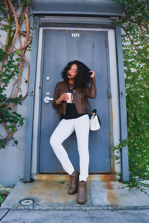white blank nyc jeans - lavelle Ugg boots - leather Fossil jacket