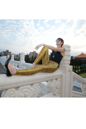 Rice Society leggings - American Apparel top - Aldo shoes - Ray Ban sunglasses
