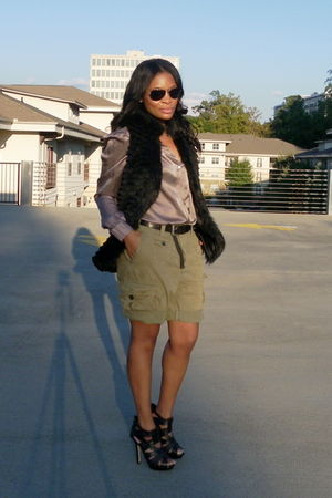 green H&M shorts - black Aldo shoes - black f21 vest - purple H&M blouse