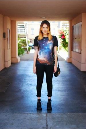 blue Galaxy leggings shirt - black Jeffrey Campbell boots
