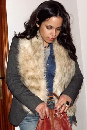 camel H&M scarf - gray Zara blazer - navy Oysho shirt