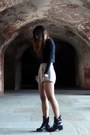Black-zara-boots-black-forever-21-sweater-beige-kahlo-shorts