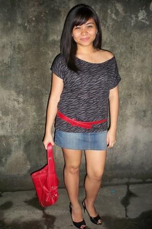 red bangkok bag - black peep toe shoes - red belt belt