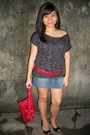 Red-bangkok-bag-black-peep-toe-shoes-red-belt-belt