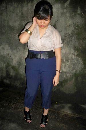 vintage beige sheer top top - black forever 21 belt belt - blue trousers pants -