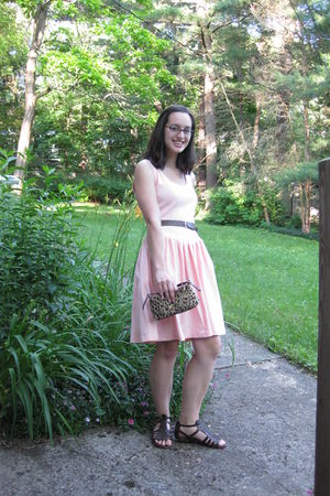 pink thrifted Lord&Taylor dress - brown Forever 21 sandals - brown belt - Limite