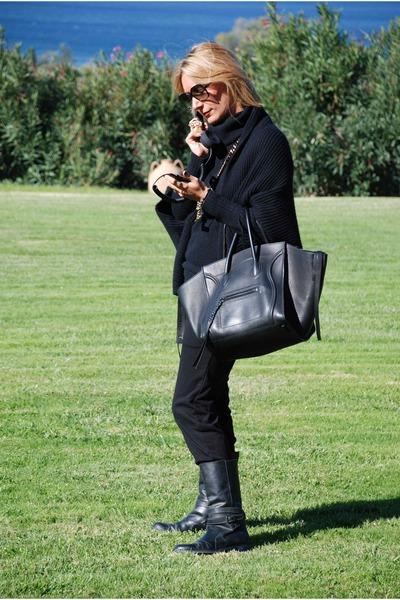 Phantom Luggage Celine Bags, Marni Coats, Faux Fur Zara Hats ...