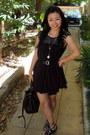 Sass-bide-dress-sportsgirl-leather-belt-vintage-bucket-bag-wittner-shoes