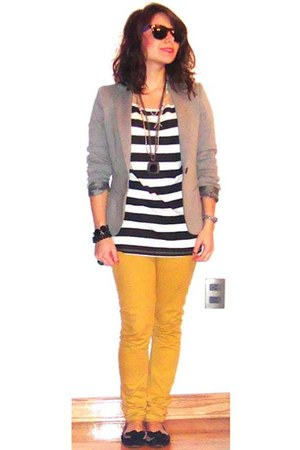 mustard pants - heather gray blazer - black t-shirt - white t-shirt
