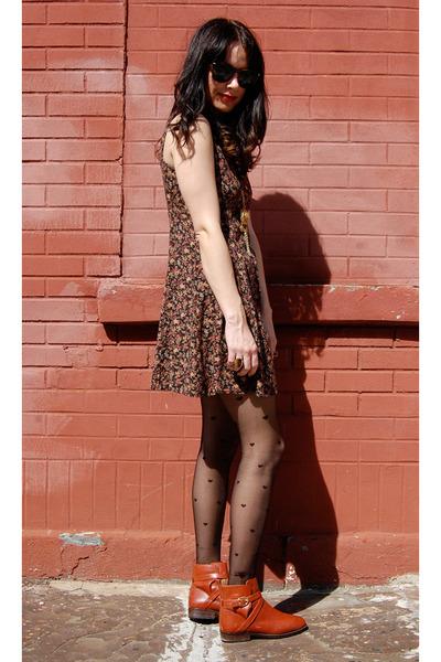 black vintage from Rock Paper Vintage dress - black my tights stockings - orange