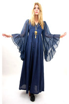 navy vintage from Rock Paper Vintage dress - gold tassel vintage necklace - blac