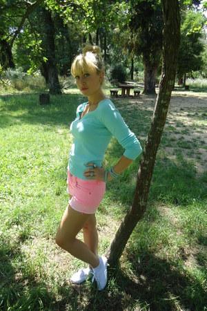 mint Zara sweater - pink Mango shorts - Parfois ring - Parfois bracelet
