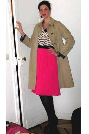 H&M top - beige Burberry coat - hot pink H&M skirt - black new look heels