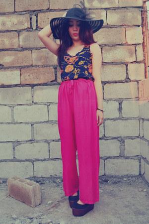 hot pink cotton SM pants - black 168 hat - navy 168 top - black weave 168 wedges