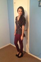 black wedges - heather gray purse - brick red pants - black blouse