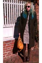 mustard Chloe bag - dark brown corso como shoes - tan lotus grace dress