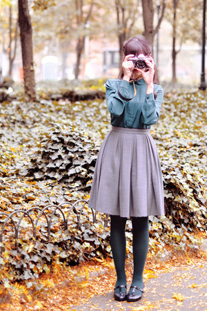 silver Orla Kiely skirt - black Clarks shoes - teal Calzedonia tights