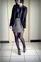 purple blouse - silver skirt - black blazer - black tights - gray shoes