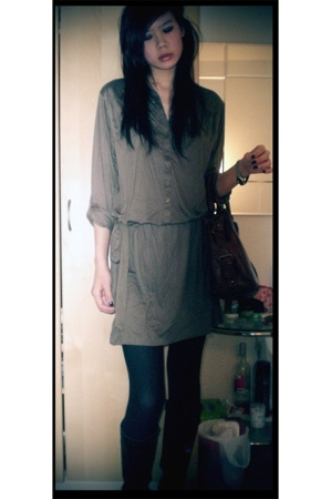 Gap dress - Charles and Keith purse - H&M tights - etienne aigner shoes