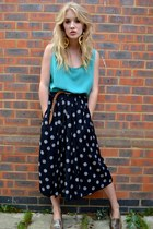navy GlowVintage skirt - silver thrifted vintage shoes