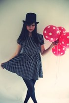 polkadots dress - hat