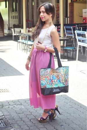 black Freeway bag - bubble gum Paradise Treats skirt - white Paradise Treats top