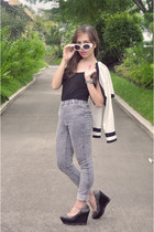 white SM GTW Redhead blazer - heather gray H&M jeans - black Freeway top