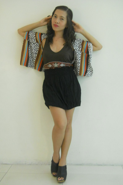 brown random blazer - black thrifted top - dark brown halter top Anne Klein top