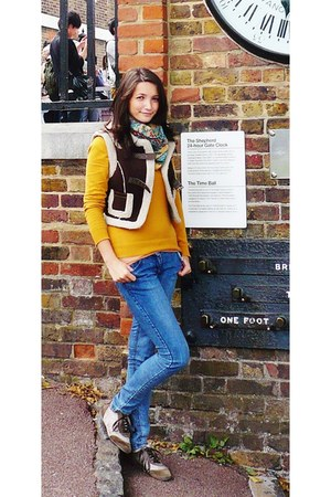 mustard Atmosphere sweater - light brown shoes - super skinny F&F jeans