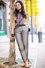Gold-vintage-jacket-black-love-moschino-bag-mustard-calvin-klein-blouse