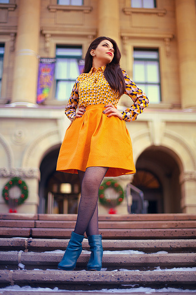 teal H&M boots - gold H&M skirt - gold H&M blouse