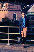 united colors of benetton vest - Massimo Dutti boots - Saul E Mendez blazer