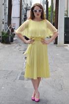 vintage dress - vintage heels