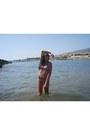 White-random-brand-sunglasses-aquamarine-blanco-swimwear