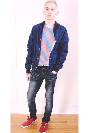 navy social collision jeans - white Topman shirt - red H&M sneakers