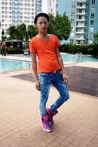 attitude x adidas sneakers - Isami Imajuku jeans - striped pedora SM hat