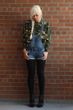 denim overalls Dollhouse shorts - cotton camo old sweatshirt