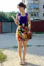 Purple-top-gold-skirt-brown-pigeon-purse-brown-belt-beige-nicolis-silv