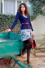 Gray-dress-blue-cardigan-red-belt-brown-purse-brown-tights-
