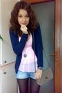 Pink-nisa-top-blue-cardigan-blue-shorts-black-necklace-beige-purse-bla