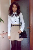 black belt and box bag - brown shoes - white shirt - brown tights
