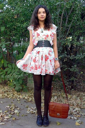 ivory floral chiffon dress - dark brown tights