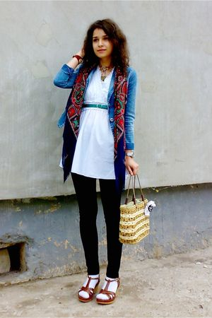white dress - black leggings - blue trifted blazer - scarf - brown basket bag