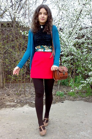 teal cardigan - dark brown striped tights - forest green tied as an obi scarf
