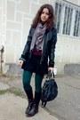 Maroon-sweater-black-skirt-black-jacket-light-pink-scarf-green-tights-