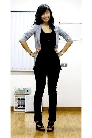 Terranova - H&M - Zara jeans - GoJane shoes - Movado