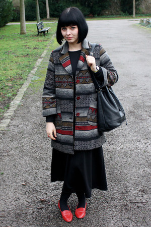 black maxi dress - heather gray Alice Pig coat - black vintage bag