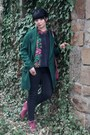 Hot-pink-vintage-boots-forest-green-oversized-zara-coat-hot-pink-vintage-bag