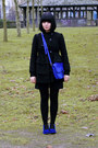 Blue-vintage-boots-black-ruffled-asos-coat-blue-zara-bag